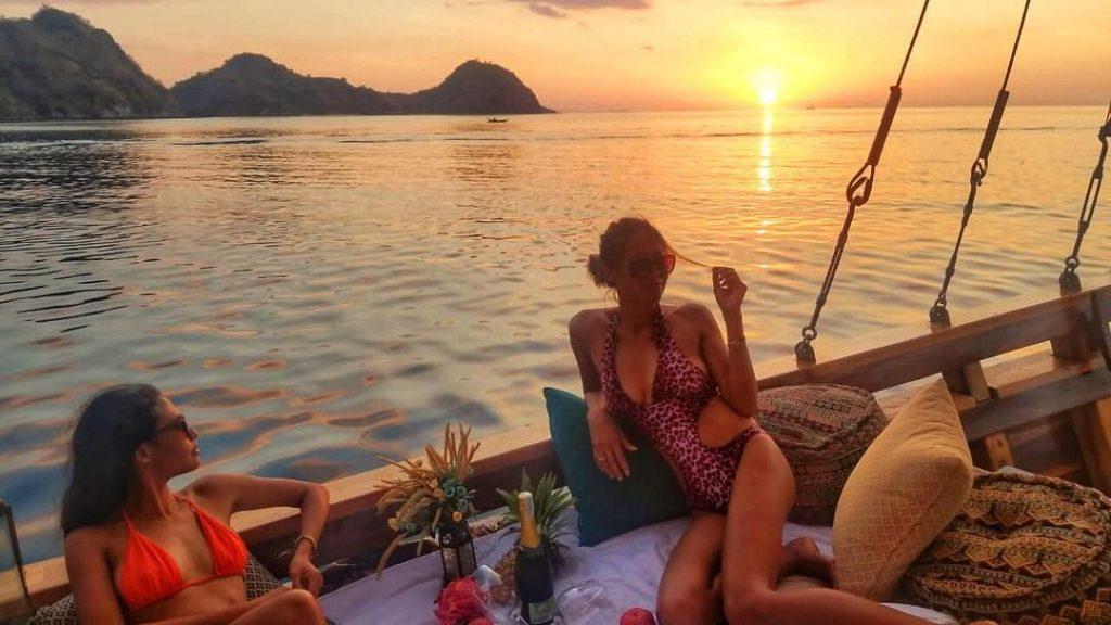 Komodo Cruise: A new experience traversing throughout Komodo island