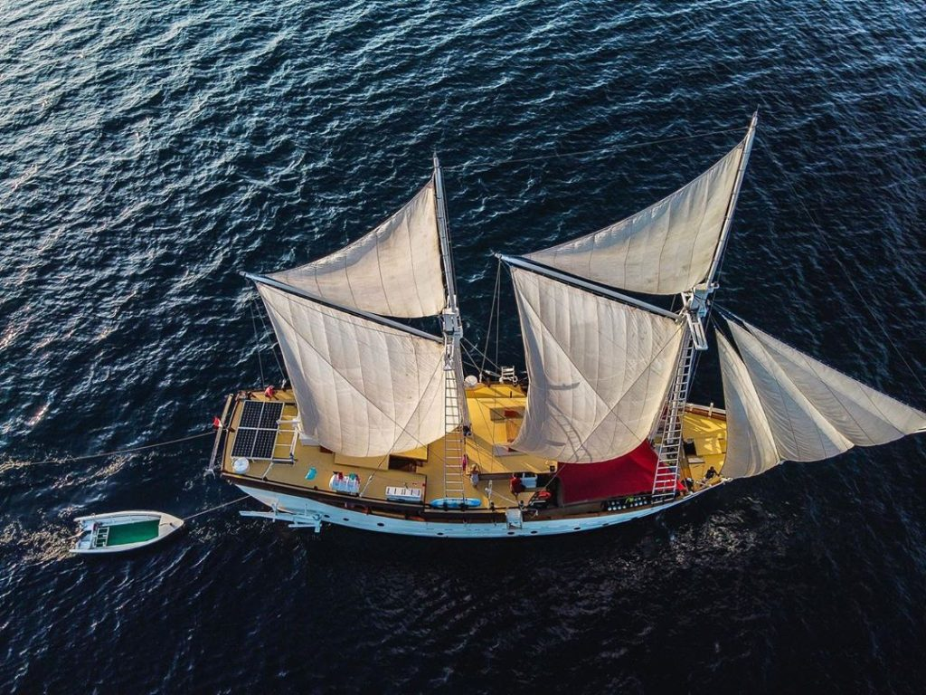 Getting the Best of Life in the Best Komodo Liveaboard