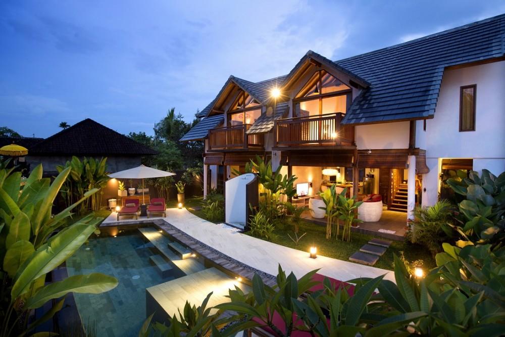 Ubud villas surrounding with cozy atmosphere