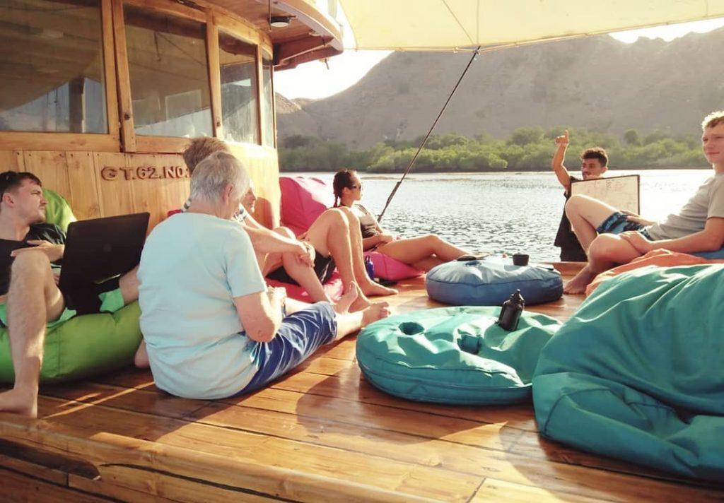 No Stress Komodo Dive Trip with Liveaboard Labuan Bajo